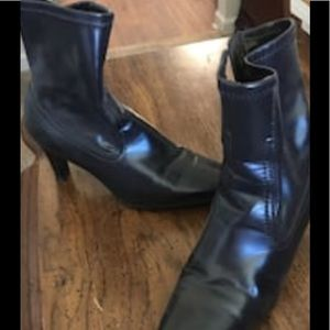Shoes - Black heeled ankle boots